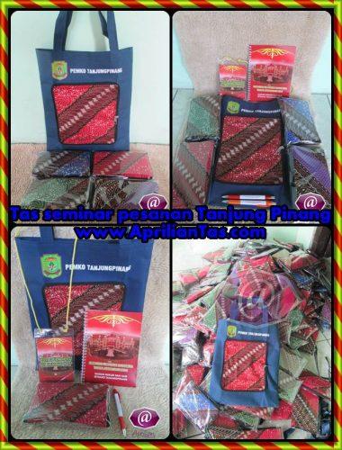 tas ransel untuk seminar, gambar tas untuk seminar, pembuatan tas untuk seminar, tas seminar yogyakarta