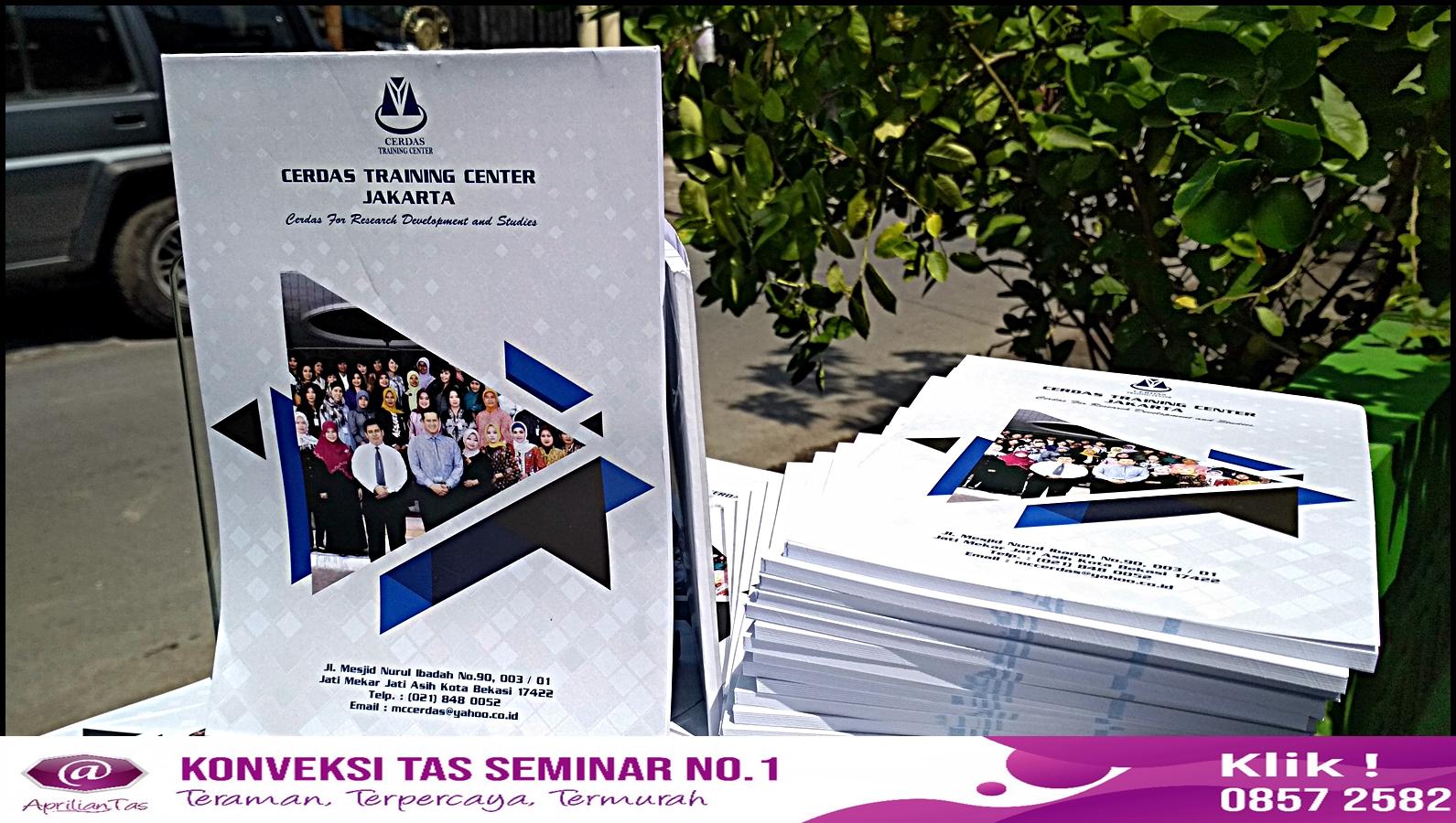 Pesan Seminar Kit Elegan di Produsen Tas Seminar Bandung No 1