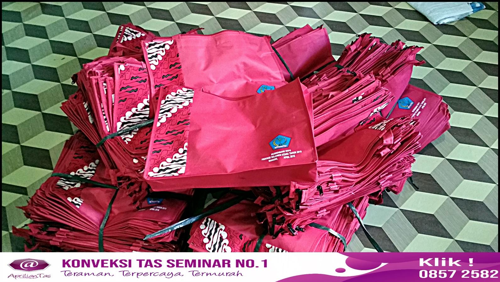 Pesan Tas Seminar Bandung Harga Irit di Jual Tas No 1 Pabrik tas seminar,seminar kit murah,seminar kit,konveksi tas ransel, konveksi tas tangerang,konveksi tas wanita,